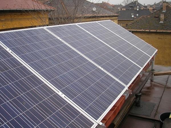 Ulica solar napelem Tökhöly út 2,5 kW